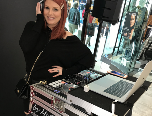 [Photos] DJ Roots Queen Spinning at Guess, Lenox Mall (by Ms Rivercity)