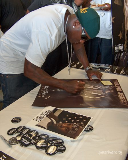 Young Jeezy The Recession Album Signing photo by MsRivercity